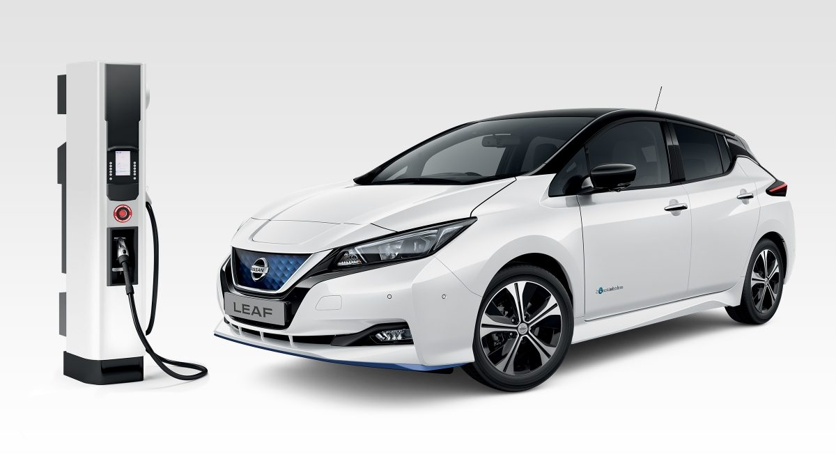 Nissan LEAF and CHAdeMO rapid charger