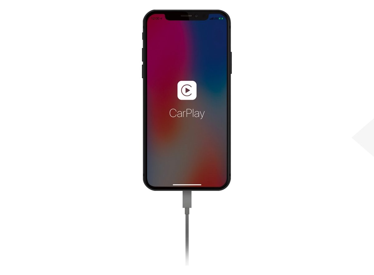 Iphone avec Apple CarPlay et câble de recharge