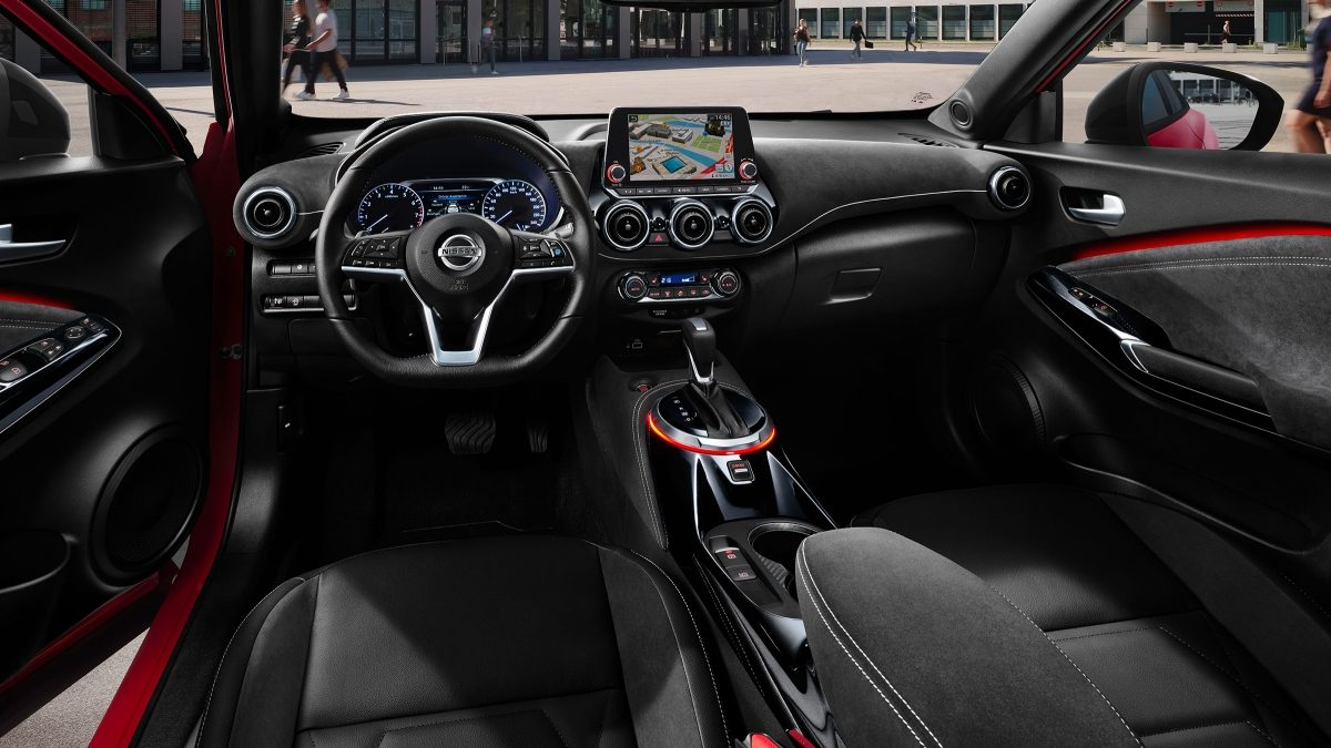 Nissan JUKE N-Design black pack interior