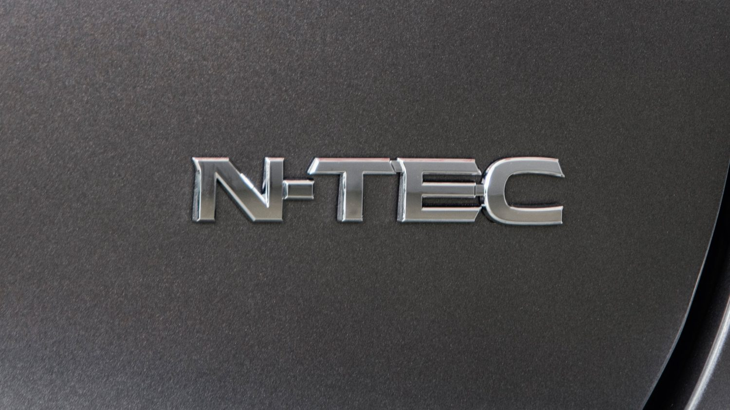 Distintivo do Nissan QASHQAI N-TEC