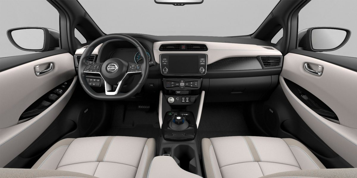 Nissan Leaf – Interior view Thumbnail light fray leather