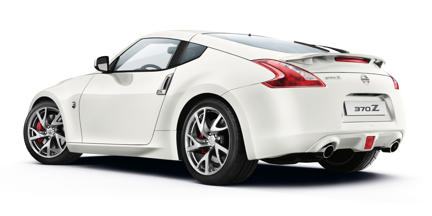 nissan 370Z exterior alb spate
