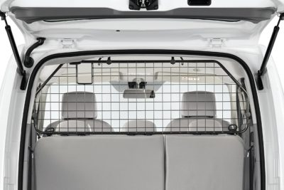 Nissan e-NV200 Evalia - Interior - Dog guard