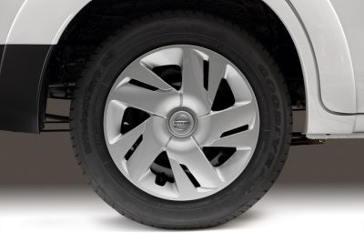 "Nissan e-NV200 Evalia - OE 15"" alloy wheels"
