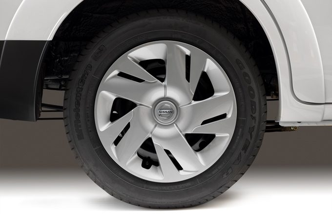 "Nissan e-NV200 - OE 15"" alloy wheels"