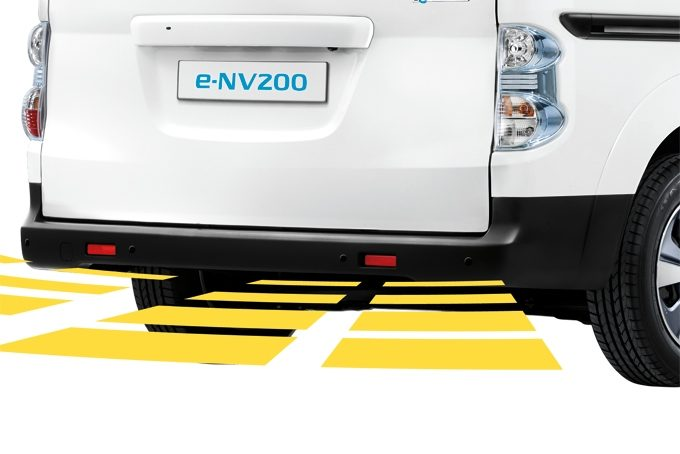 Nissan e-NV200 Evalia - Safety - Rear parking system