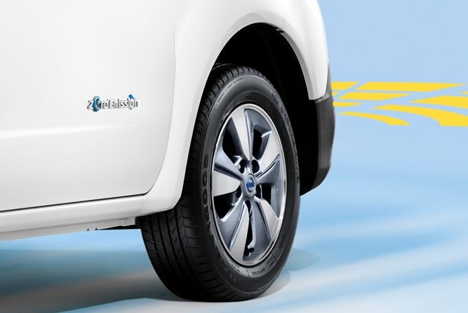 Nissan e-NV200 - Safety - Front parking system