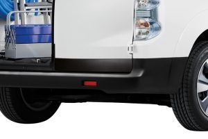Nissan e-NV200 - Protection plastique d'habillage de portes battantes