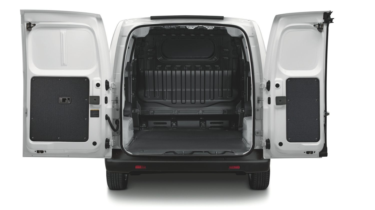 Van | Nissan e-NV200 | Electric van storage space