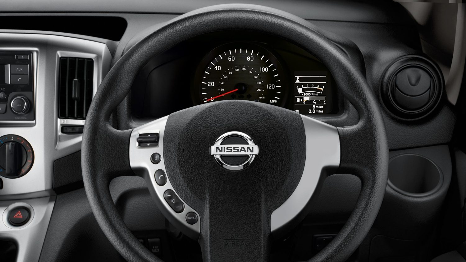 Combi | Nissan NV200 | Steering wheel