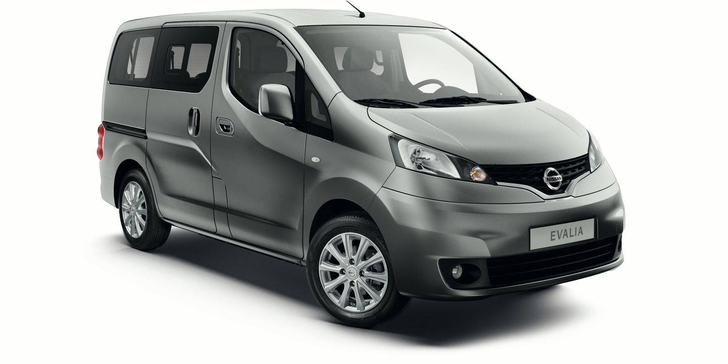 Nissan NV200 EVALIA - 3/4 front view