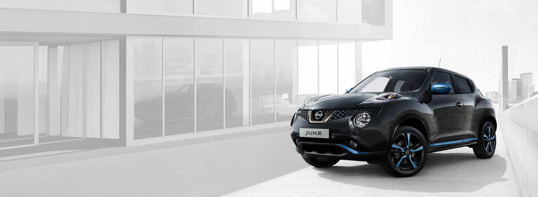 2018 Nissan JUKE 3/4 front black with power blue personalisation