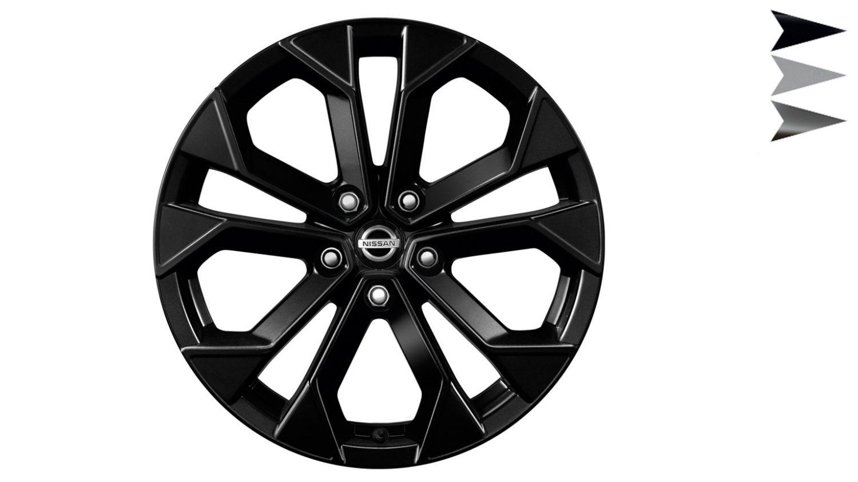 Nissan JUKE 2018: 18-дюймовые легкосплавные диски KAMI черного цвета