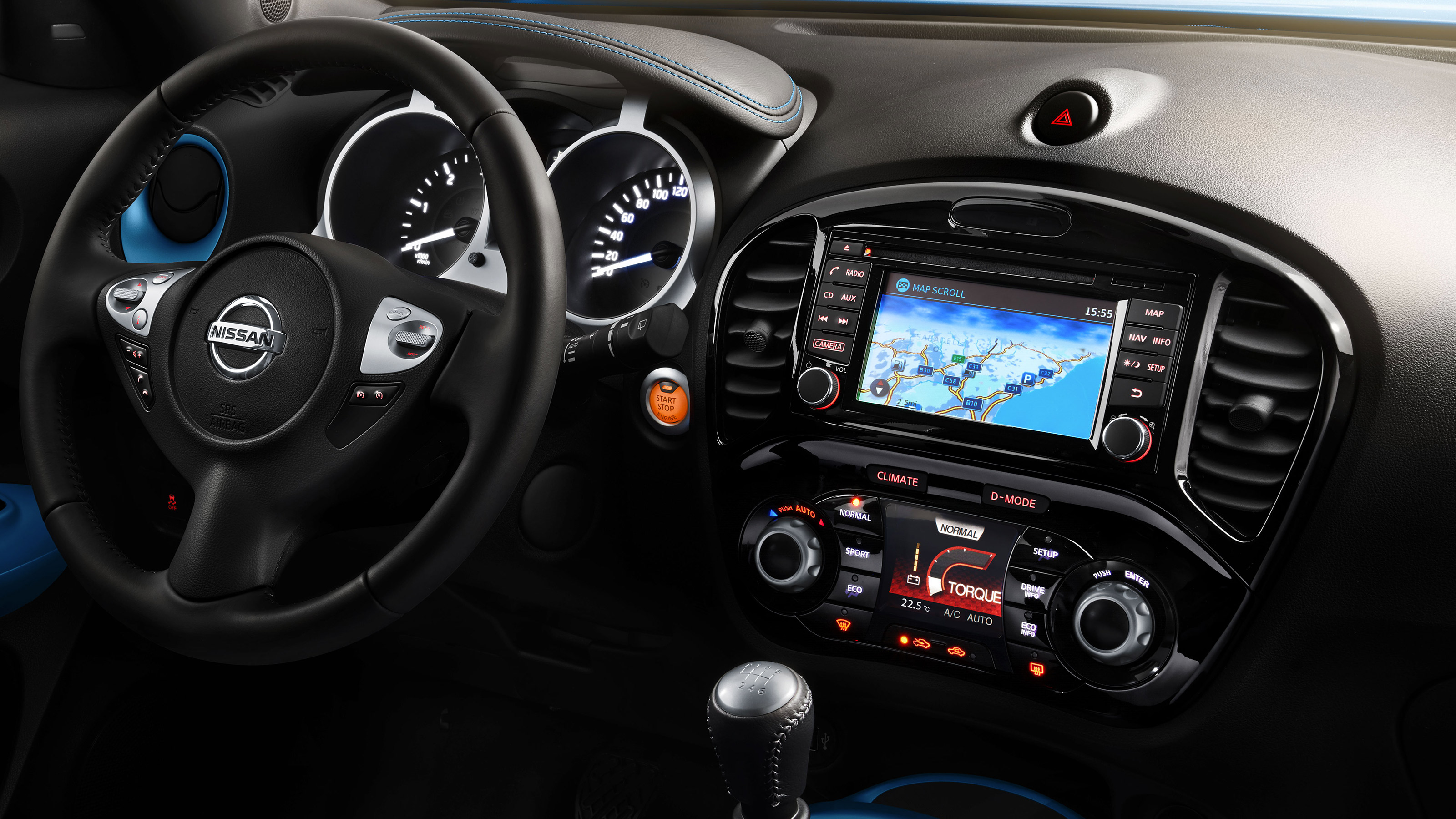 Nissan JUKE2018: консоль и приборная панель