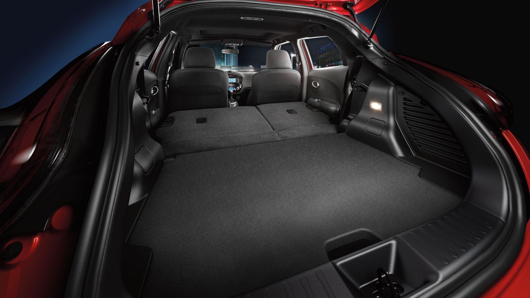 Nissan JUKE— универсальный багажник