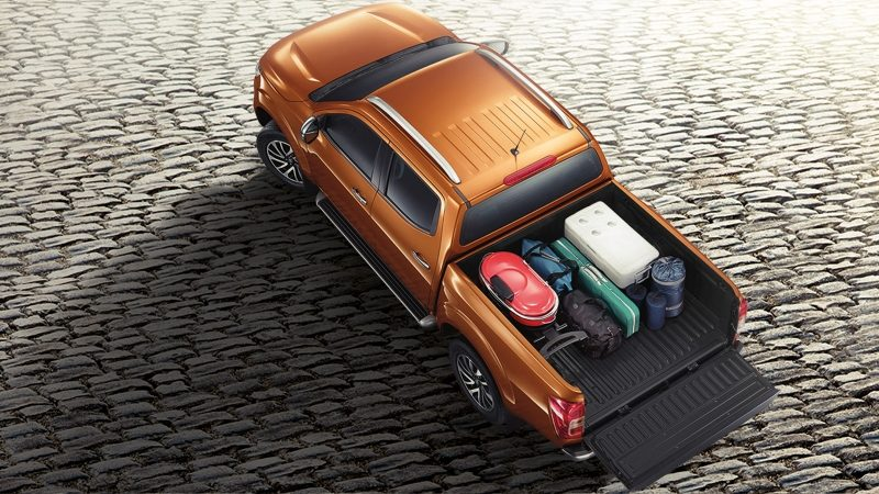 Nissan Navara top view with bed loaded and tailgate open