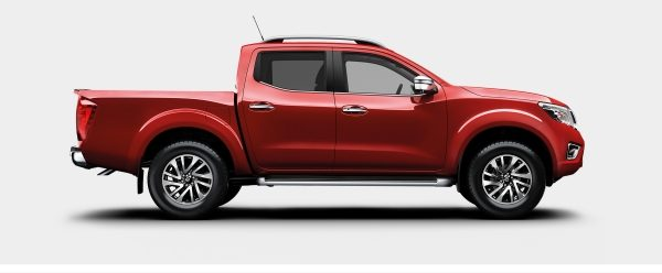 Nissan Navara profile packshot double cab red