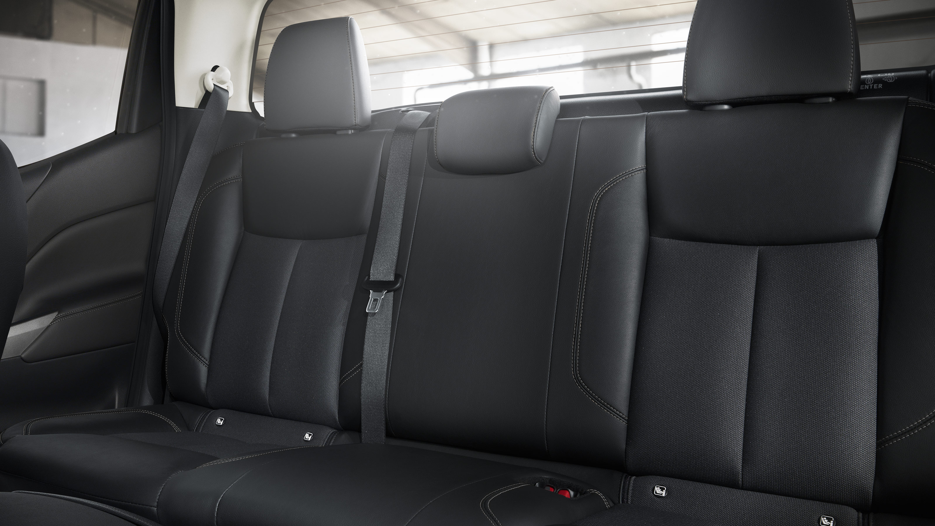 New Nissan Navara Off-Roader at32 rear seats