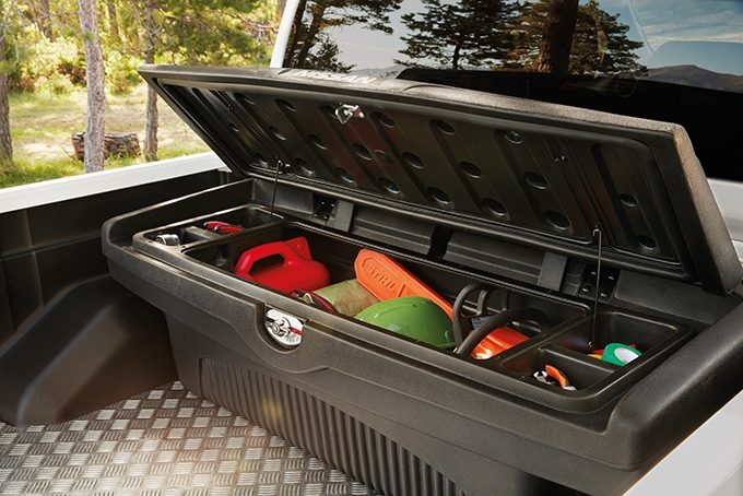 Nissan Navara bed toolbox