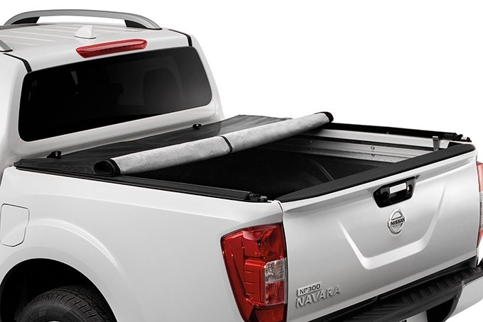 Nissan NP300 Navara Double Cab - Roll cover