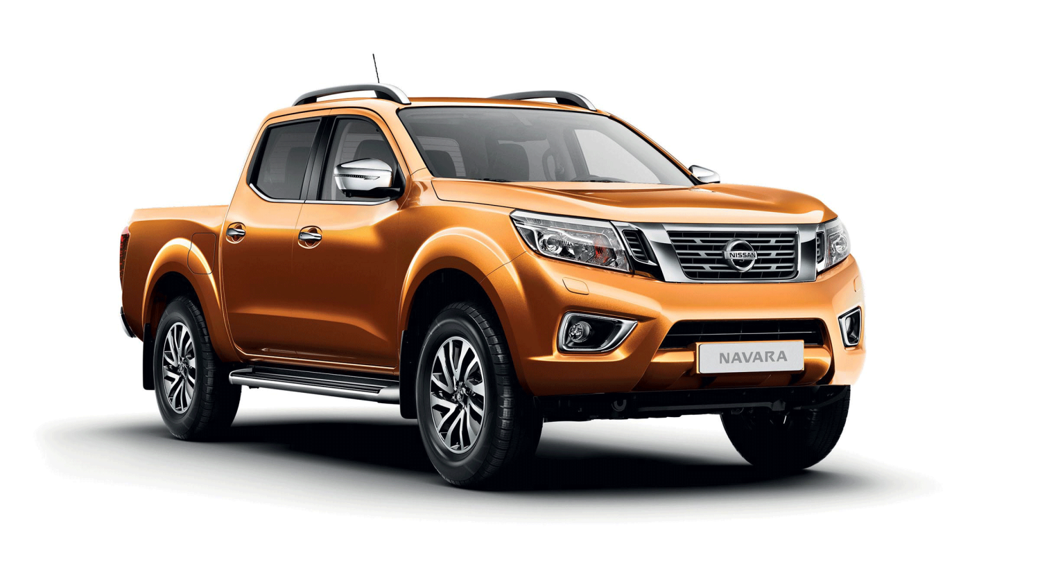 Nissan NP300 Navara Earth Bronze – Στατική άποψη