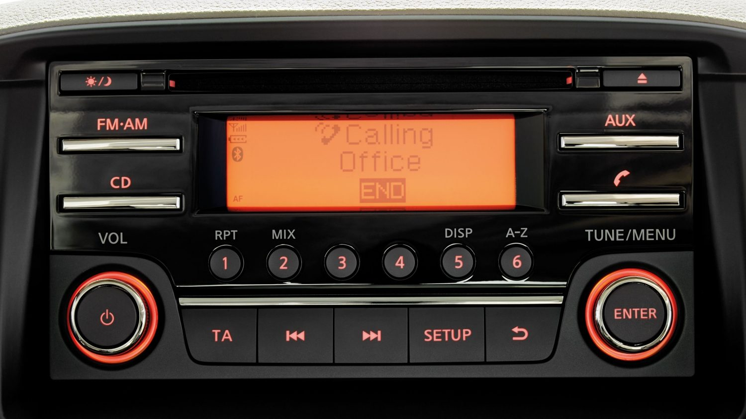 NISSAN NT400 – Bluetooth rádio/CD systém