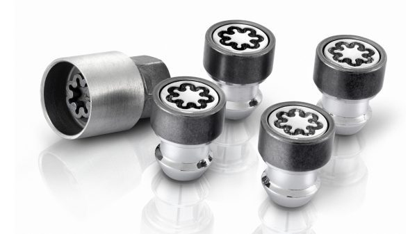 Nissan NV200 - Lockable wheel nuts