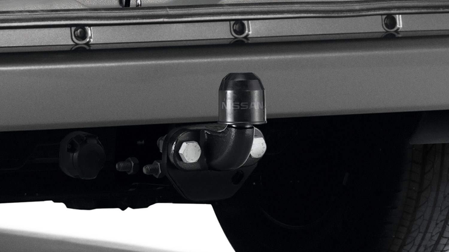 Nissan NV200 - Transportation - Flanged towbar