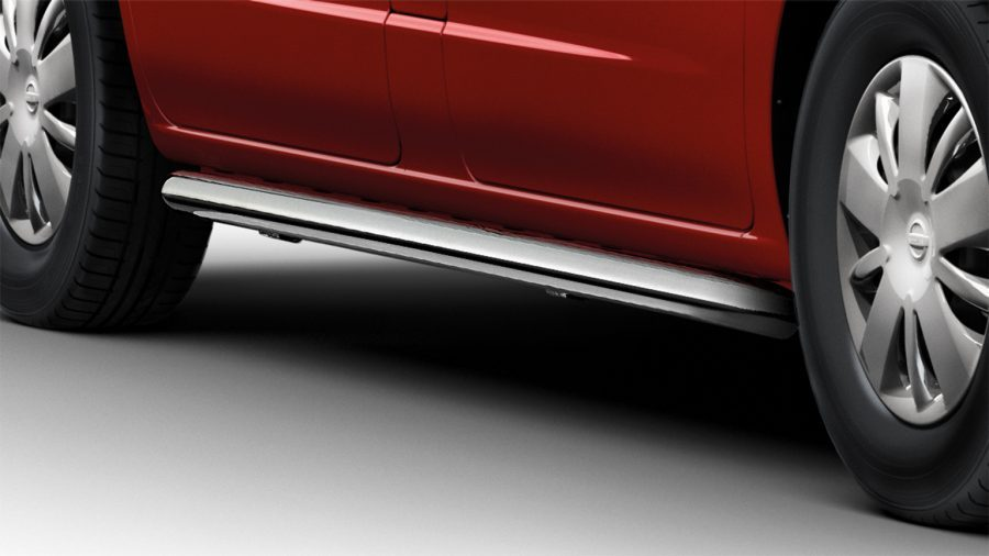 Nissan NV200 - Exterior - Side bars