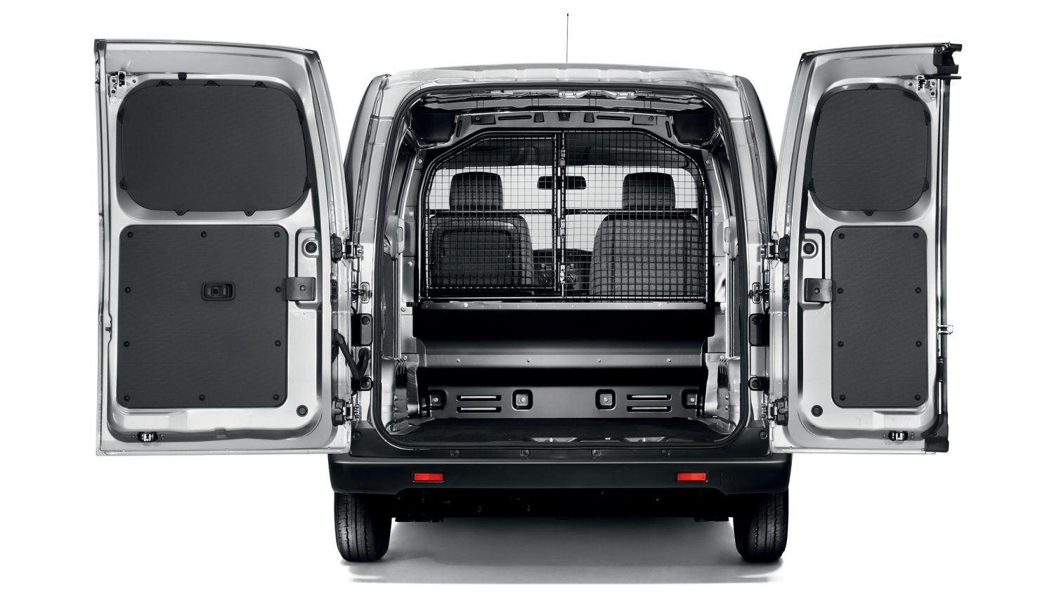 Van | Nissan NV200 | Commercial vehicle load space