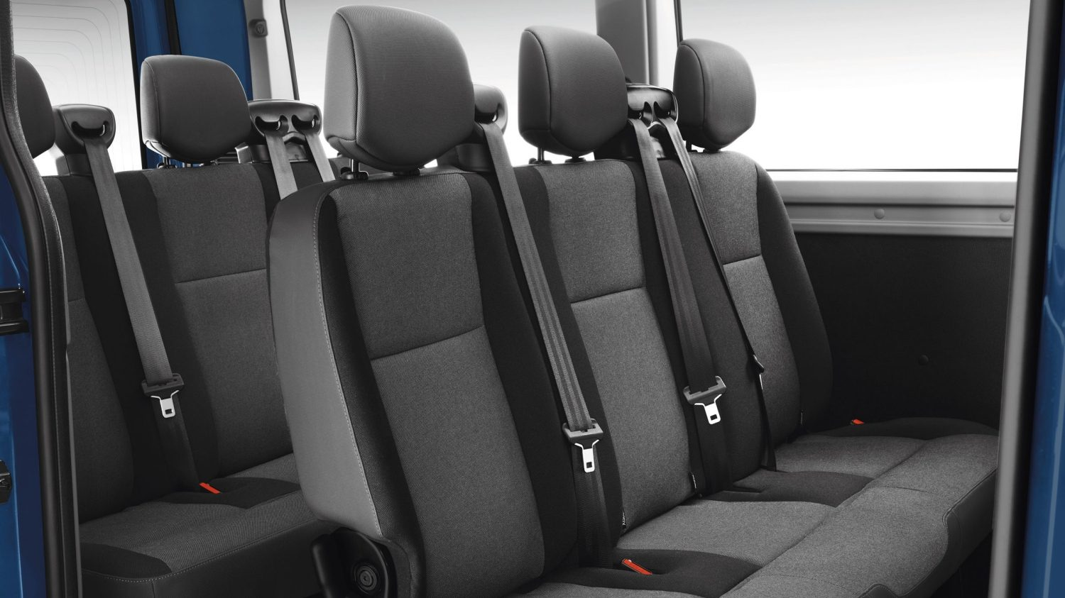 Nissan NV400 | Commercial vehicle interior