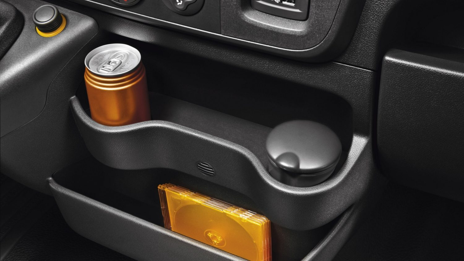 Nissan NV400 - Two level centre storage