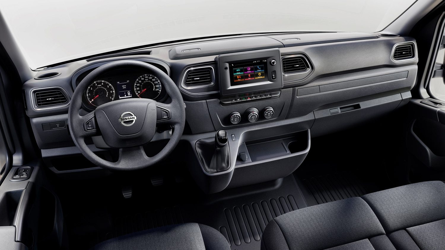 Nissan NV400 - Dashboard view with conductor