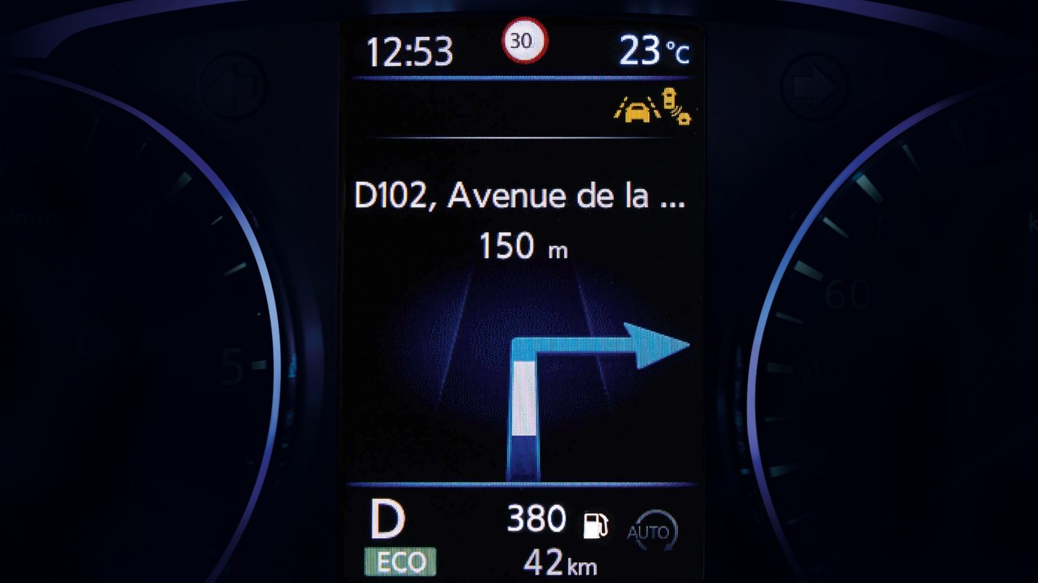 Qashqai TFT screen directions