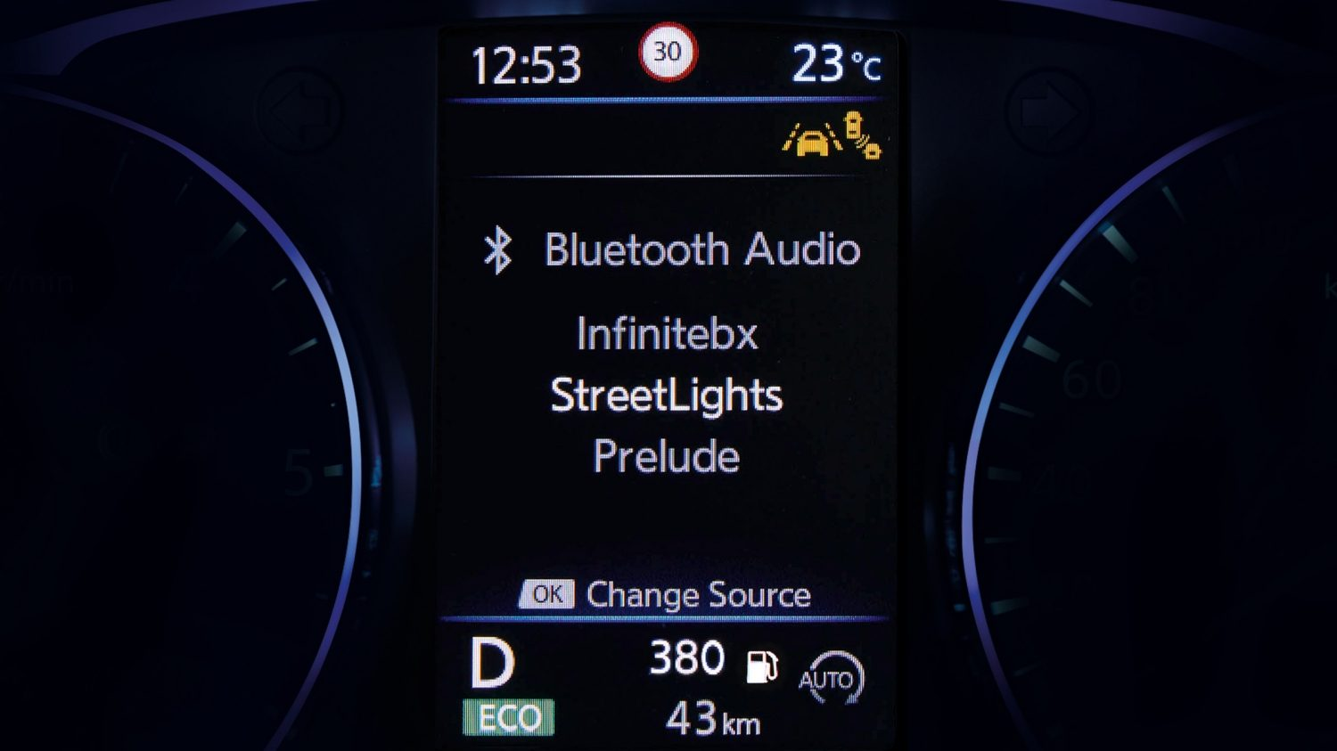 Streaming audio Bluetooth® affiché sur l'écran TFT du crossover Nissan QASHQAI