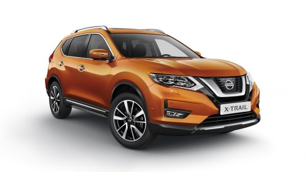 New Nissan X-Trail - 3/4 front view
