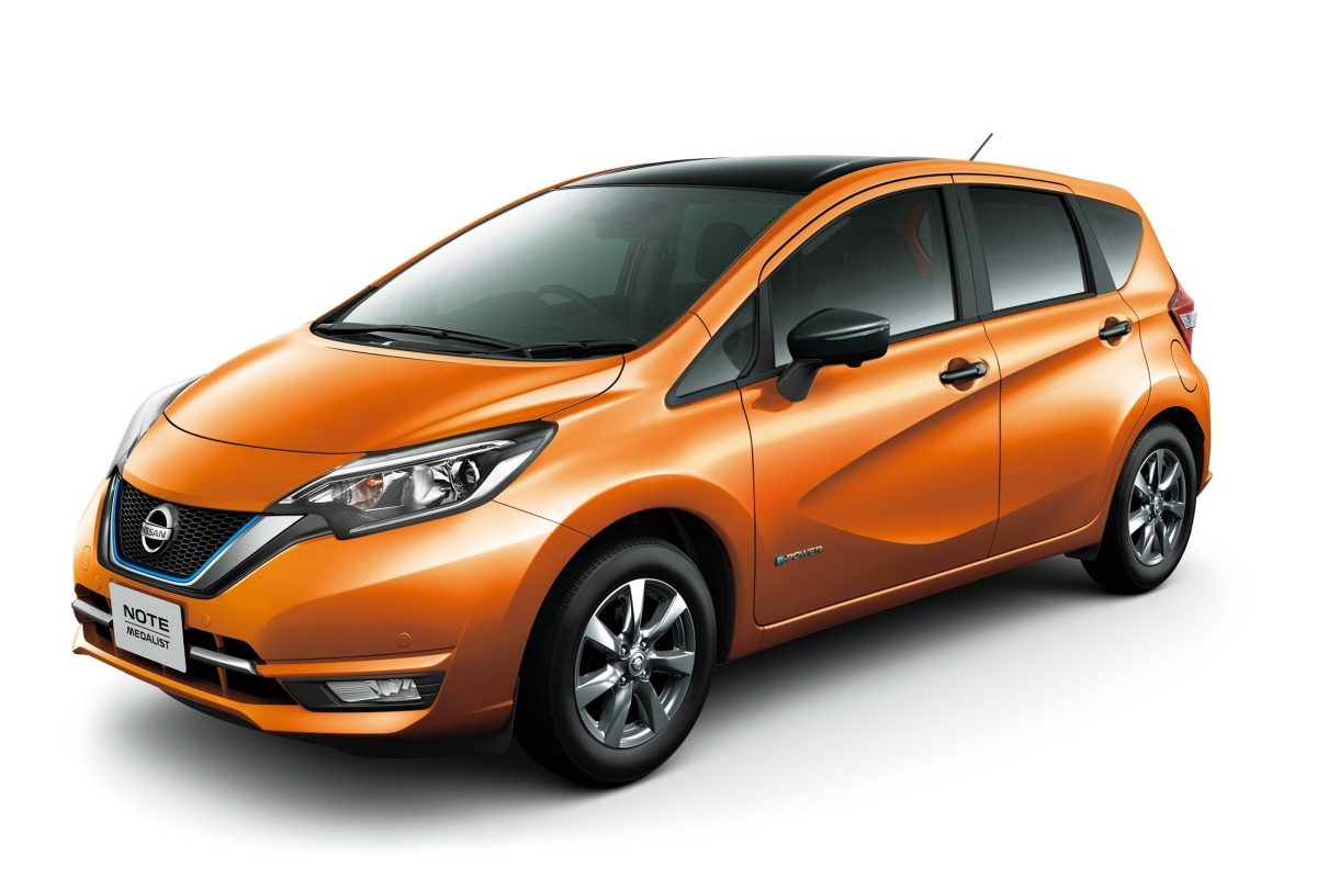 The Nissan Note e-POWER Medalist Black Arrow