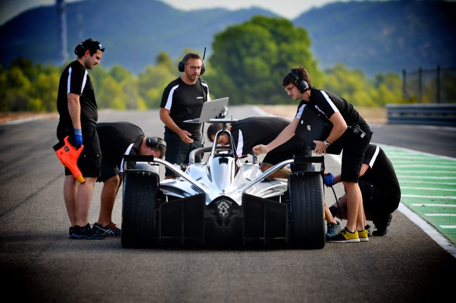 NISSAN TO MAKE OFFICIAL ON-TRACK FORMULA E DEBUT