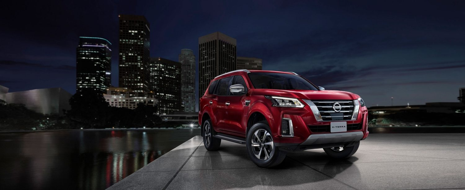 2021 NISSAN X-TERRA SUV raining city night