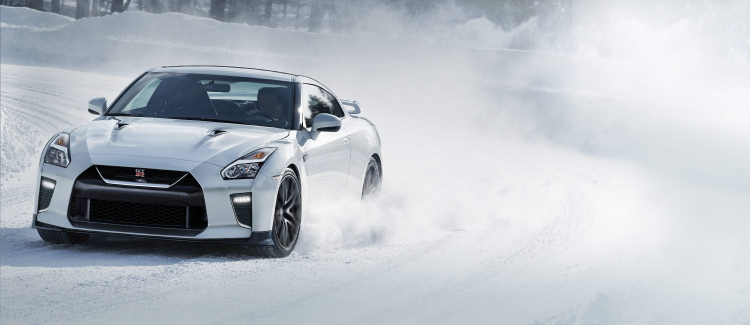 Nissan GT-R carving corners in the snow