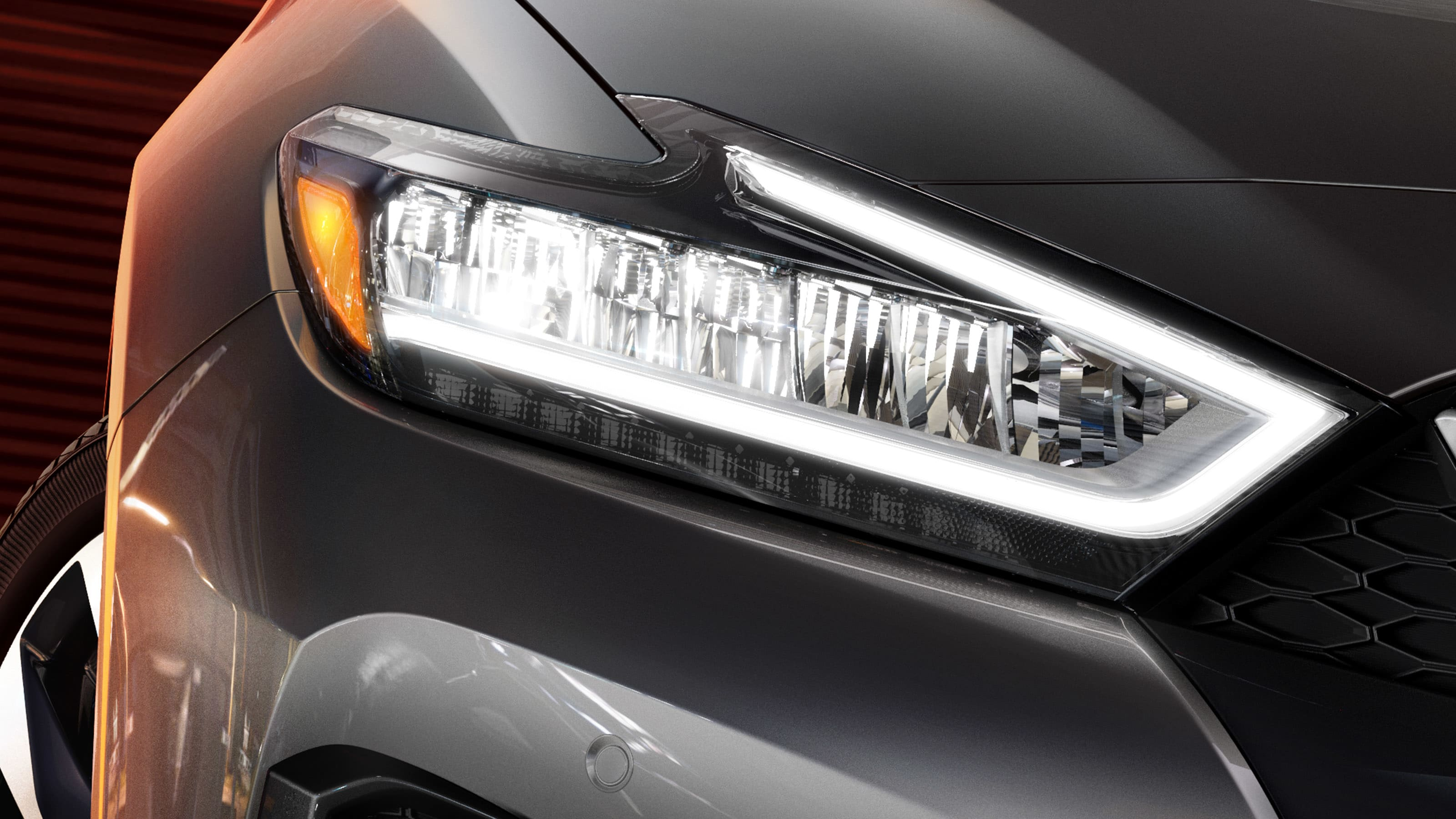 2019 Nissan Maxima head lamps