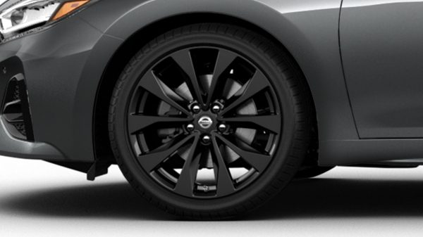 Nissan Maxima 19-inch gloss-black aluminum-alloy wheels