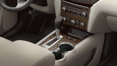 Nissan Pathfinder interior accents and finishes