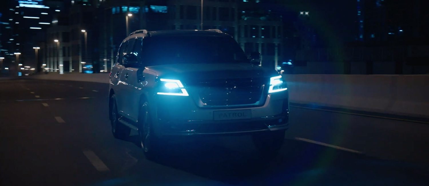 2020 NISSAN PATROL driving in city at night