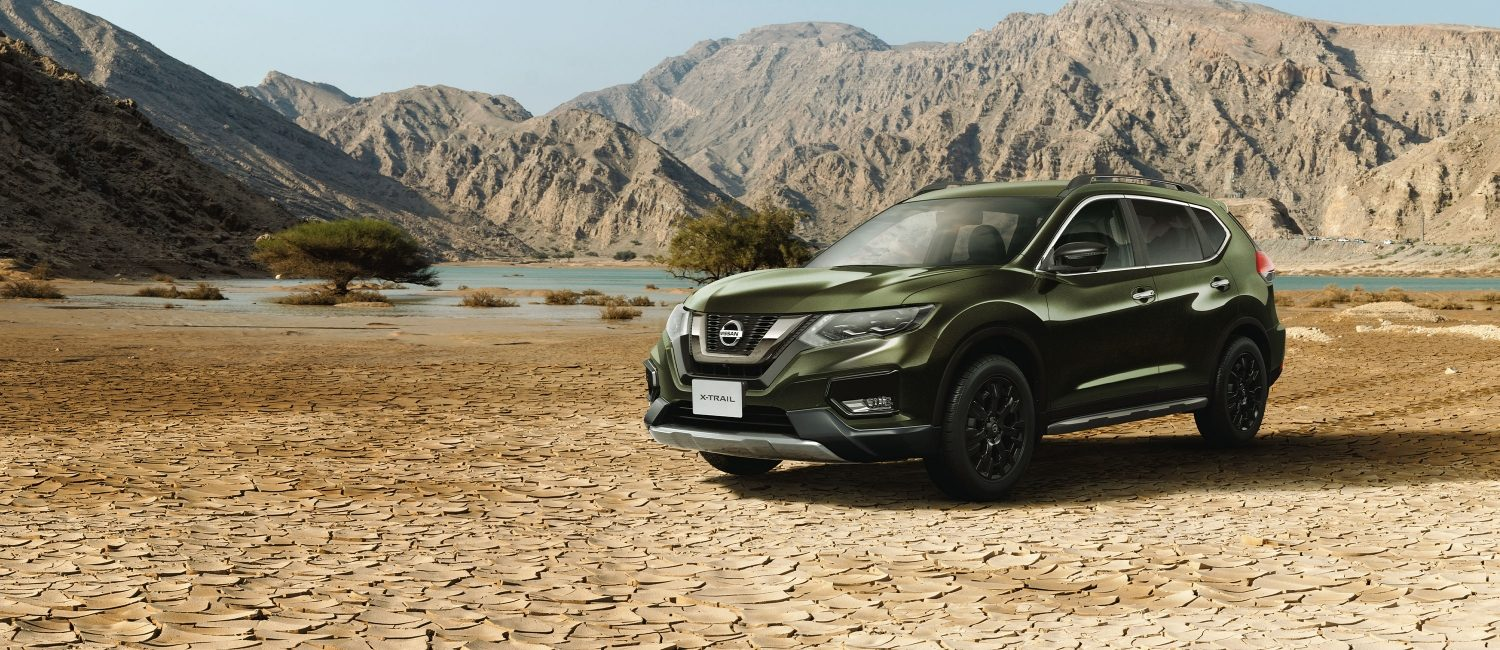 THE NEW 2020 NISSAN X-TREMER in the desert