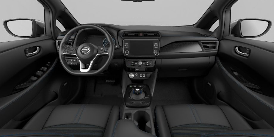 Nissan LEAFi salong – must tekstiil