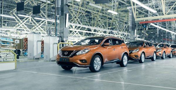 Nissan будет красить автомобили в России по-новому