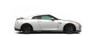 Nissan GT-R - Sideview