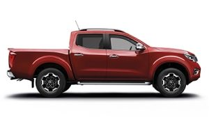 Nissan Navara Platinum 4x4 AT