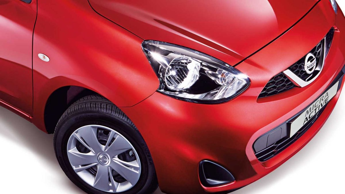 Micra Active lights